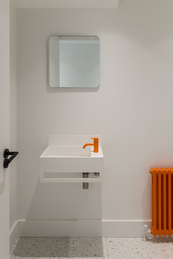 renovation-London-home-bathroom-sink-bold-mirror-heater-basin-door handle-door