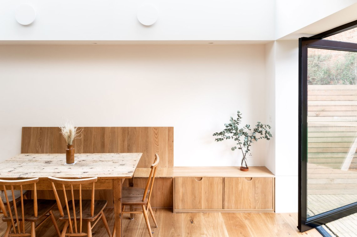 Oak-Banquette-Pivot-Door-Plaster-Bulkhead-Oak-Floor-Crouch-End